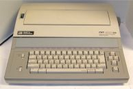 Smith_Corona_4000DS_Word_Processor_Electric_Typewriter
